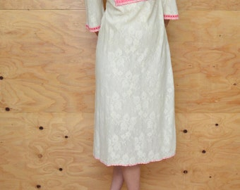 Vintage 60's Cream Sheer Lace Floral Dress With Hot Pink Embroidery Detail SZ S/M