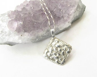 Flower Silver Necklace , Pure silver Shamrock pendant , Flower necklace , Fine Silver PMC .999 Silver, Minimalist