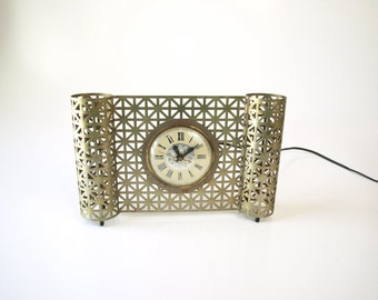 Vintage 50s Lanshire electric reticulated starburst clock