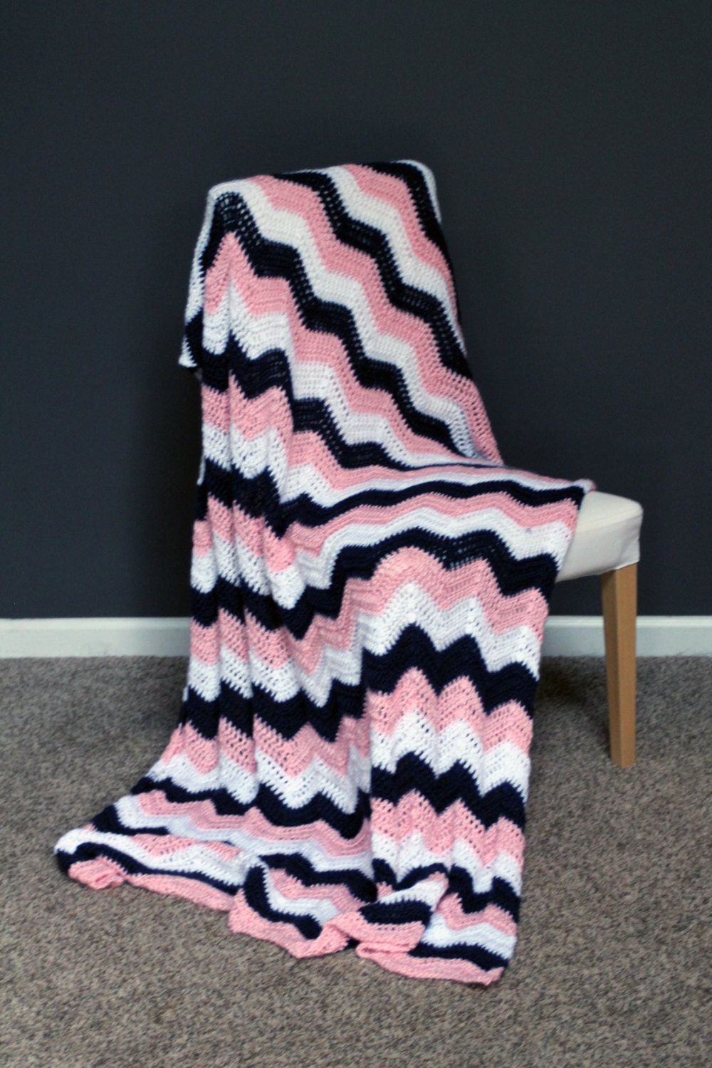 chevron afghan throw blanket crochet dark blue light pink. Black Bedroom Furniture Sets. Home Design Ideas