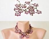 Crochet Flower Necklace, Burgundy Oya Vintage Crochet Wrap Beaded Lariat Jewellery Beadwork, Crochet ReddApple, Fast Delivery