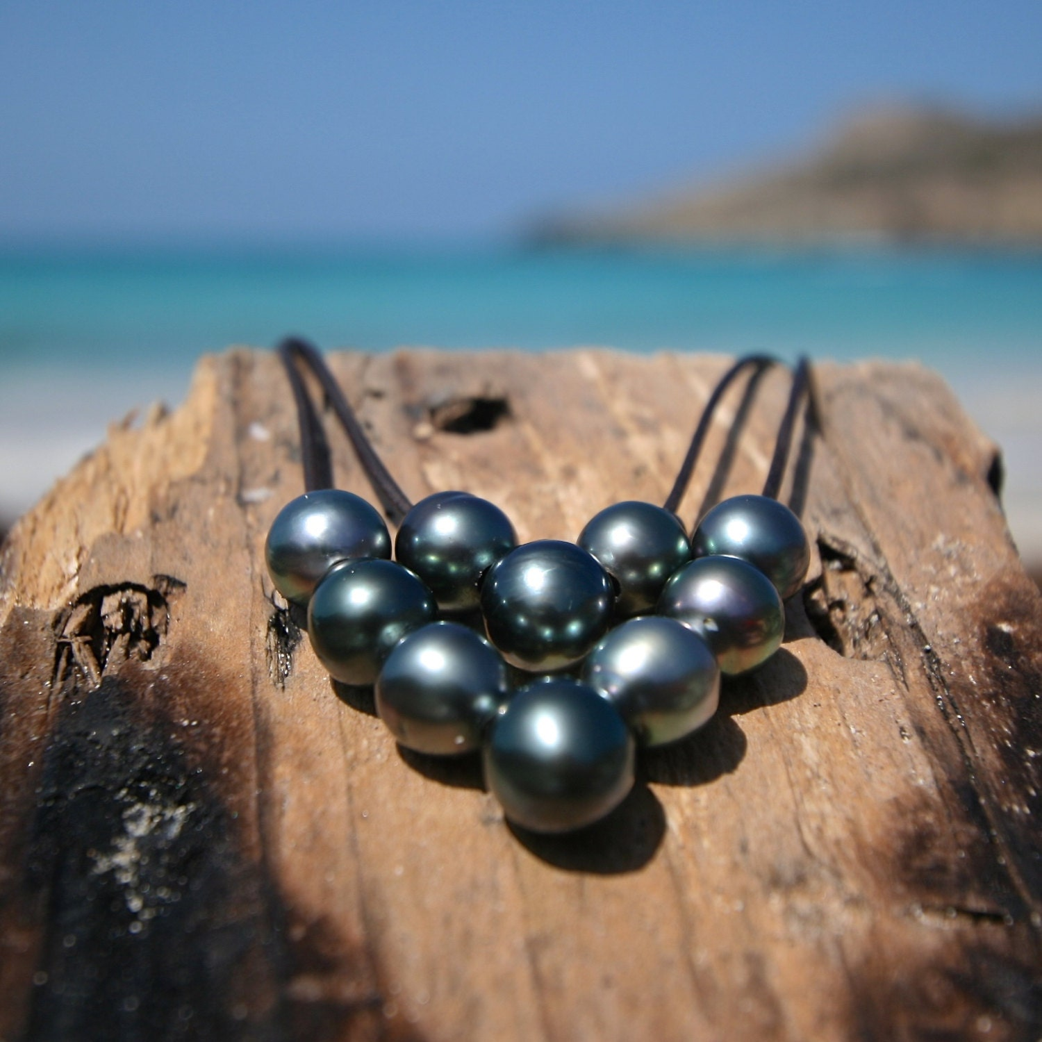 Tahitian Pearl And Leather Necklace: Pearls And Leather Necklace For Women Seaside Beach Jewelry