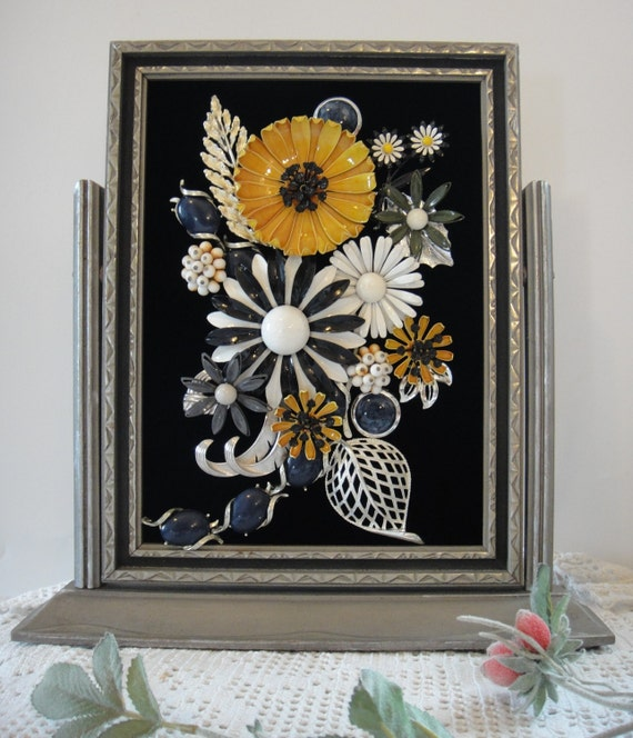 Vintage Framed Jewelry Home Decor Jewelry in Frame by