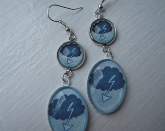 Cloud cabochon earrings