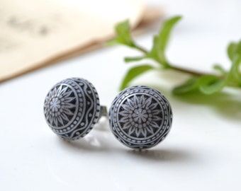 Vintage Black & White Etched Cabochon Earrings on Hypoallergenic Titanium Posts