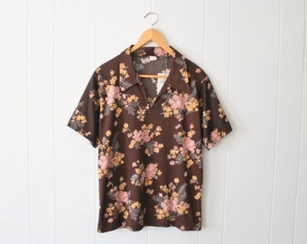 Vintage 70s Brown Pink and Yellow Floral Groovy Short Sleeve V-Neck Top Shirt Blouse by Pretty Tops Size Large