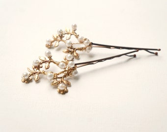 Gold floral bridal hair clips, Pearl hair pins, Hair flowers, Gold with pearls floral bobby pins, Bridal vintage hair clips, Gold wedding