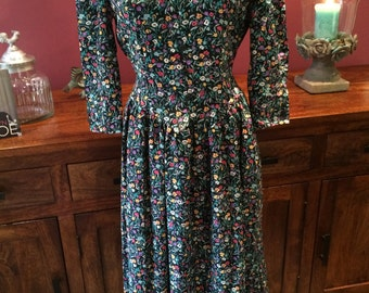 Vintage 80's floral day tea tie back picnic dress house on the prairie dress never worn NOS