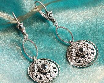 Medallion Earrings, Victorian Earrings, Leverback Earrings, Medallion Pendant, Gypsy Earrings, Boho Earrings, Hippie Earrings, Tribal E1338