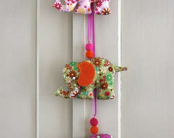 Elephant garland/ Baby's room / Nursery decor/ Baby shower gift/ Kids room