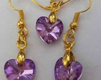 Glass heart pendant and earrings