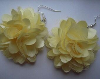 Big fabric flower earrings 4 colours (yellow-orange-blue-black)