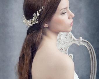 SAMPLE SALE. Bridal pearls headpiece. Bridal rhinestone headband. Rhinestone Flower headpiece. Bridal headpiece. Pearls headpiece. Style 505