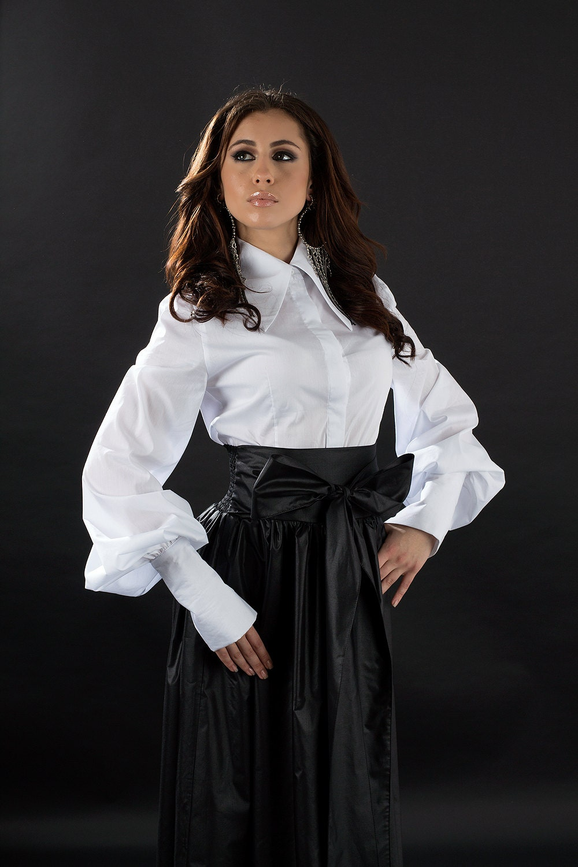 White Shirt With A Large Collar Elegant White Shirt White
