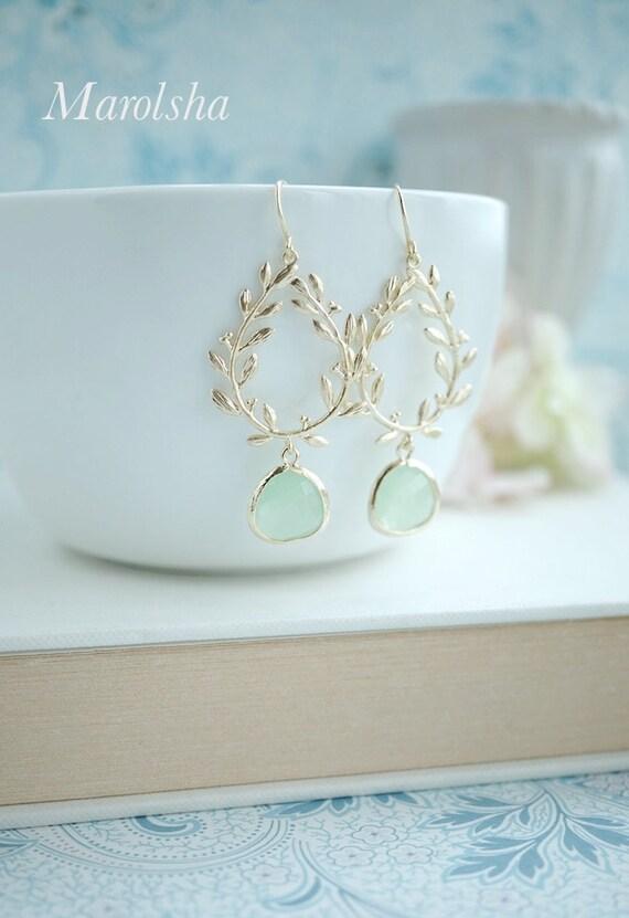 Laurel Wreath Earring Light Mint Mint Green Gold Plated