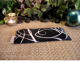 Meditation, Savasana Eye Pillow For a Deeper Level of Relaxation. Lavender Eye Pillow For Yoga. Tension, Stress Relief. Black and White.