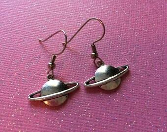 Indie Kawaii Saturn Earrings