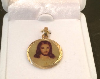 The Face of Jesus Round Medal Charm for Bracelet Pendant Medal Christian Gift