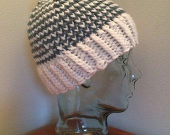 Knit zig zag hat