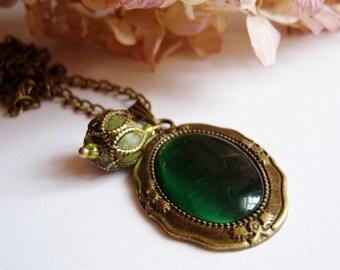 Bronze, bronze tone pendant glass stone necklace olive jade pearl green