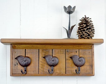 Rustic Wooden Coat Rack - Shell