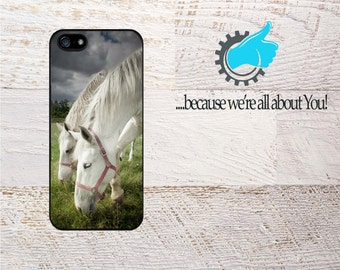Horse iPhone case Custom Cover for  iPhone 4/4s 5/5s 5c 6/6s 6+/6s+ 7 7+ SE .Can add Monogram, Name or use YOUR Photo!