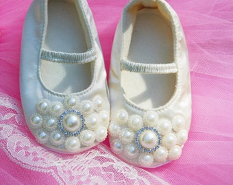 Baby Shoes Christening Shoes Satin Shoes Ivory Shoes Ballet Shoes Flat Shoes Crib Shoes Flower Girl Shoes