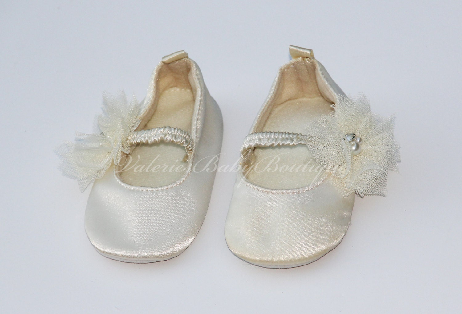 You searched for: ivory ballet flats! Etsy is the home to thousands of handmade, vintage, and one-of-a-kind products and gifts related to your search. Ballet Flats Ivory Pink Yellow Ballet Shoes Satin Wedding Ballet Slippers Flats for Brides Bridal Flats Shoes SolBijou. 5 out of 5 stars () $ Favorite Add to See similar.