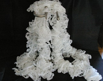Knitted Ruffled Scarf