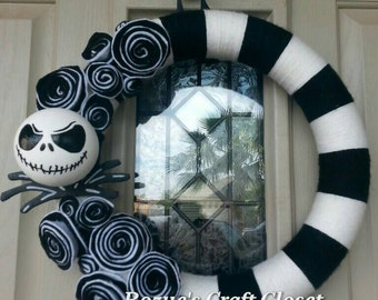 Jack Skellington wreath, Nightmare Before Christmas wreath, black and white yarn wreath, Halloween wreath, Christmas wreath, holiday wreath