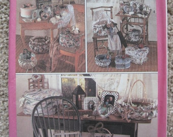 UNCUT Covered Picture Frames, Baskets and Band Boxes - Simplicity Sewing Pattern 9471 - Vintage