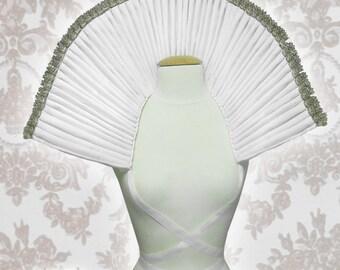 Xtra Large ruff/Elizabethan collar