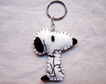 Felt thinking Snoopy keychain - Charlie Brown - Peanuts