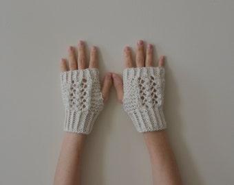 Pure Alpaca - Hand Knit Creamy White Lace Fingerless Gloves, 100% Pure Alpaca Gloves, Mittens, Women Accessories, Winter Fashion