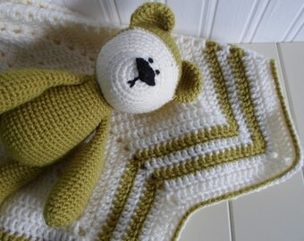 Baby Shower Gift - New Baby - Baby Blanket - Teddy Bear - Green Baby Gift Set