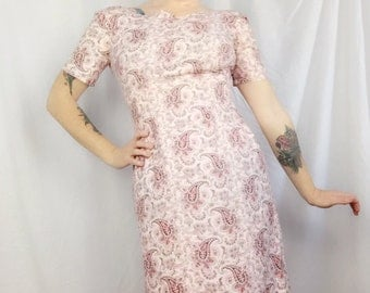 Lovely 60's Pink Floral Sheath Dress // Vintage 1960's Pretty In Pink Paisley Homemade Sheath Dress // size 4