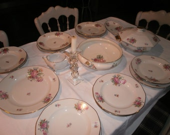 Six floral themed plates // Limoges porcelain