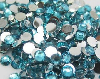 200 Lake Blue 4mm flat back resin rhinestones