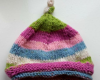 Knotted newborn baby hat for girl or boy