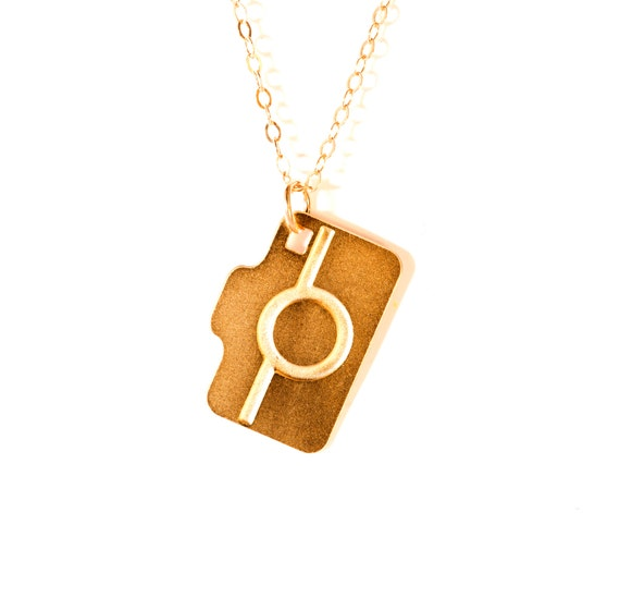 Camera necklace unisex jewelry icon necklace icon jewelry gold for Just my style personalized jewelry studio