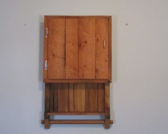 Handcrafted Pallet Wood Cabinet,Rustic Cabinet,Bathroom Cabinet,Kitchen Cabinet,Spice Rack,Towel Rack,Re-purposed Pallet Wood Cabinet,Gift