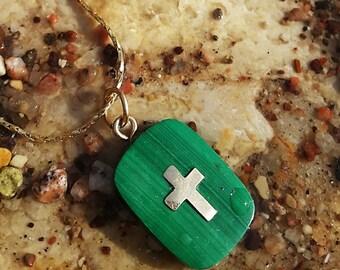 Malachite & 9K Cross necklace