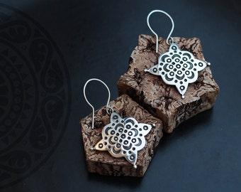 Silver Arabesque Earrings, Moroccan Earrings