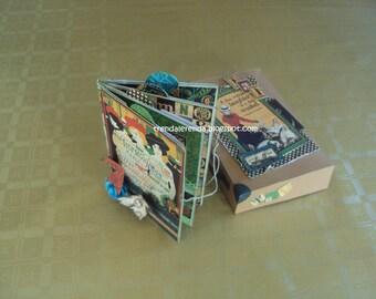 Scrapbooking suitcase with Couture of Graphic 45 mini album Kit