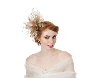 Neutral Feathered Fascinator / Feather Fascinator / Neutral Feathers / Nude Fascinator / Hair Accessories / Hair Comb / Wedding Accessories