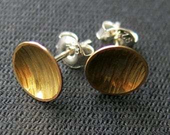 Earstuds, mini,  textured plate 9mm, brass