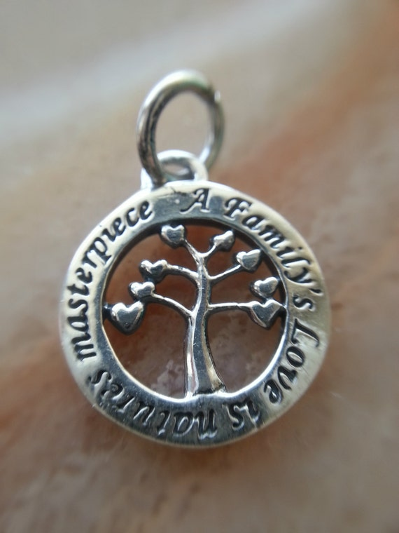 Tree Charm With Family Quote