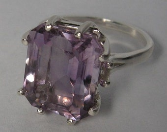 Genuine  amethyst 7.8 ct & ring sterling silver 925 size 8