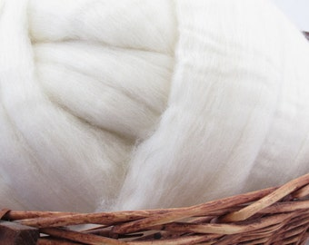 Australian Merino Wool Top Roving 21.5 Micron - Undyed Natural Spinning & Felting Fiber / 1oz