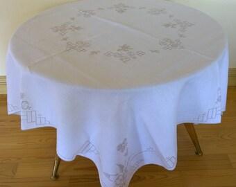 polonais antique ronde nappe belle polonaise broderie. Black Bedroom Furniture Sets. Home Design Ideas